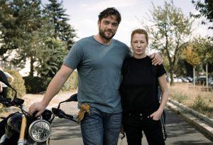 Ronald Zehrfelde (DENGLER) & Birgit Minichmayr (OLGA), 2018 ZDF/Stephan Rabold